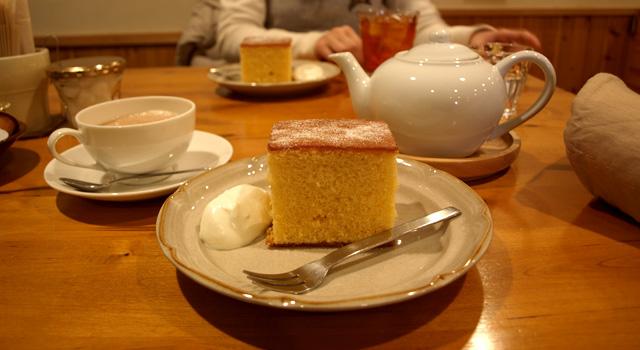 カフェ「ゆきうさぎ」のカステラ